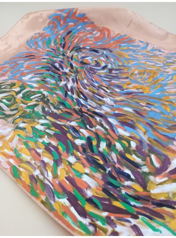 Seta dipinta a mano